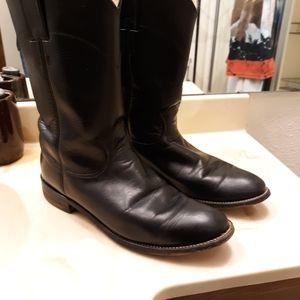 Womans cowboy boots
